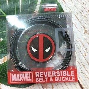 New Marvel Deadpool Belt & Buckle Set